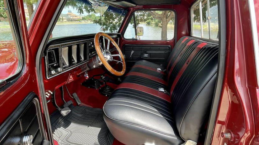 1973-Ford-F150-Ranger-Pickup-02.jpg