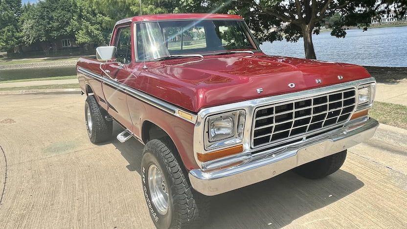 1973-Ford-F150-Ranger-Pickup.jpg