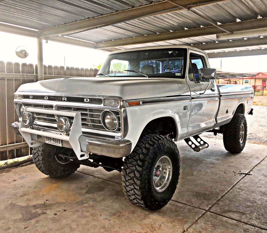 1974 Ford F100 360 4x4 Auto 4-inch Lift On 15x12 23.jpg