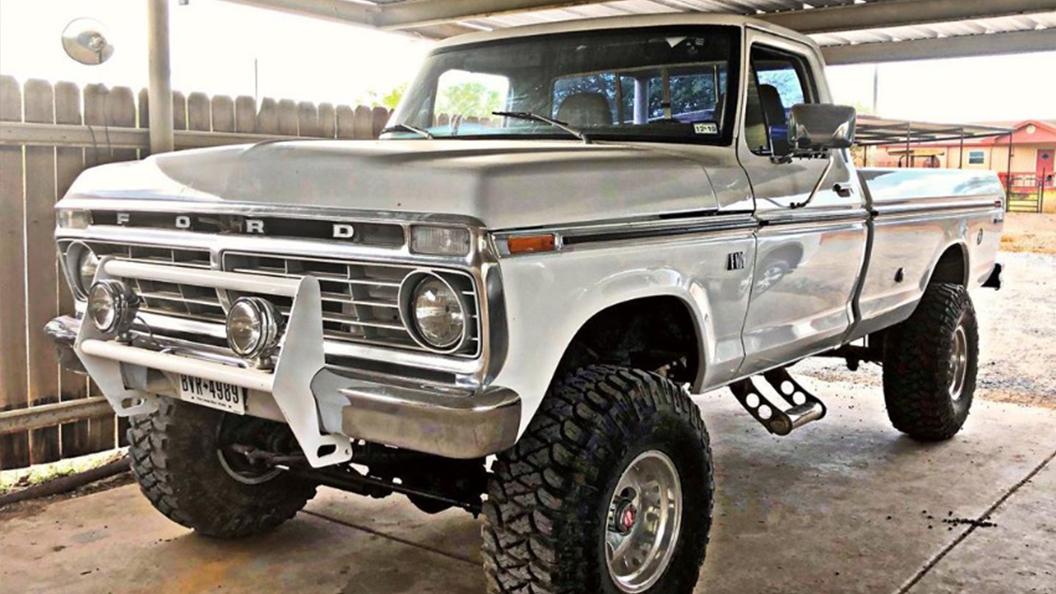 1974 Ford F100 360 4x4.jpg