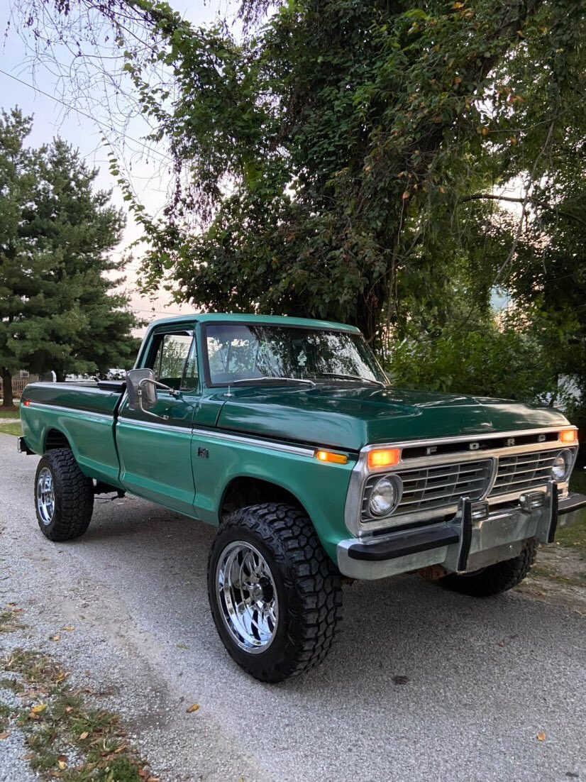 1974 FORD F250 HIGHBOY 4WD TWO TONE 5.jpg
