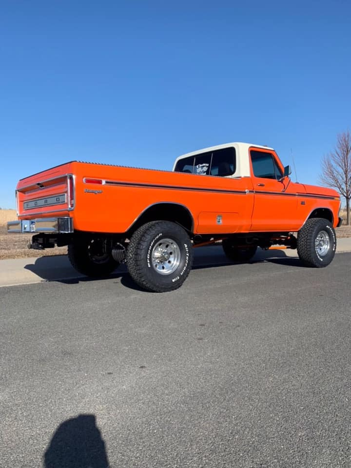 1975 F-250 Highboy Running 542 Big Block International Orange 4.jpg