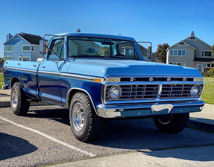 1975 Ford F-250 With a 360 V8 2.jpg