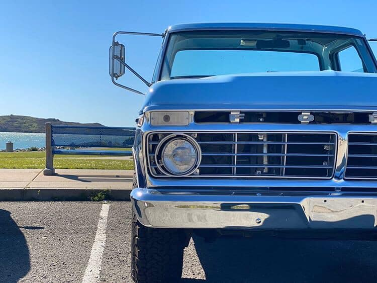 1975 Ford F-250 With a 360 V8 3.jpg
