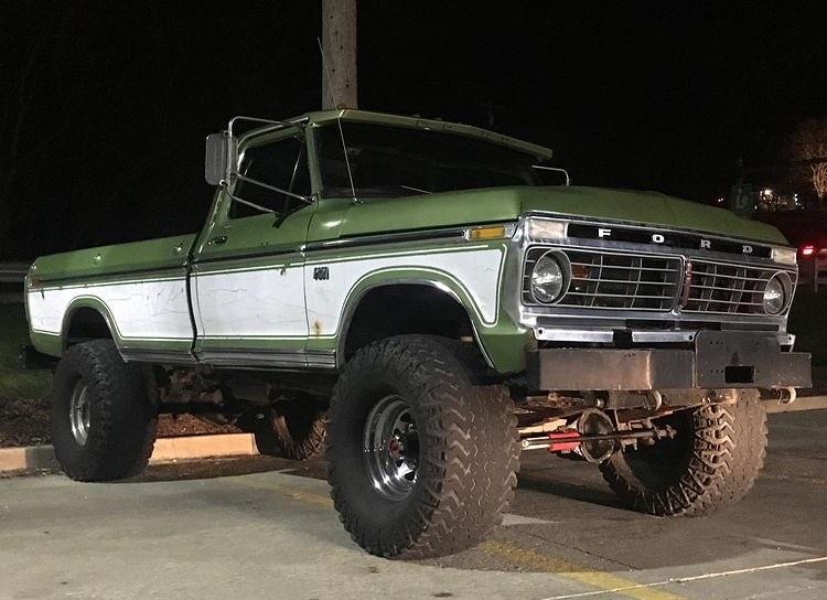 1975 Ford F250 Highboy Ranger XLT 4x4 3.jpg