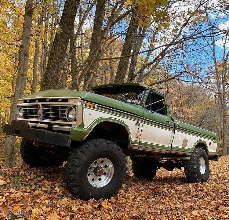 1975 Ford F250 Highboy Ranger XLT 4x4 9.jpg