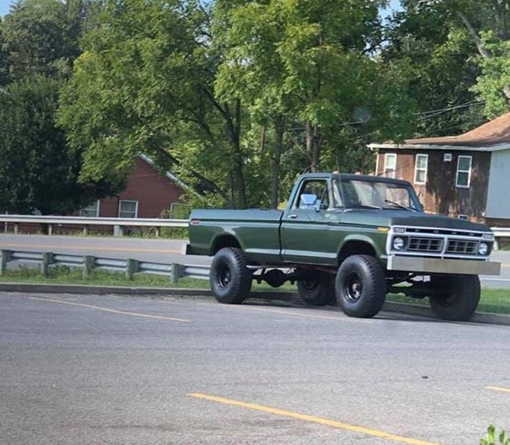 1976-f250-highboy-with-a-390-fe-4-speed-5-jpg.7158