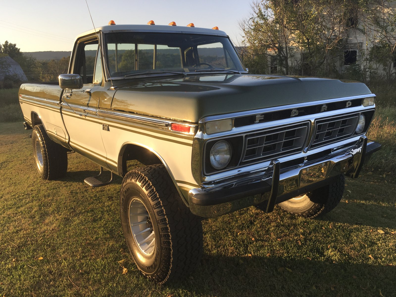 1976 Ford F-250 Highboy Ranger 4x4 2.JPG