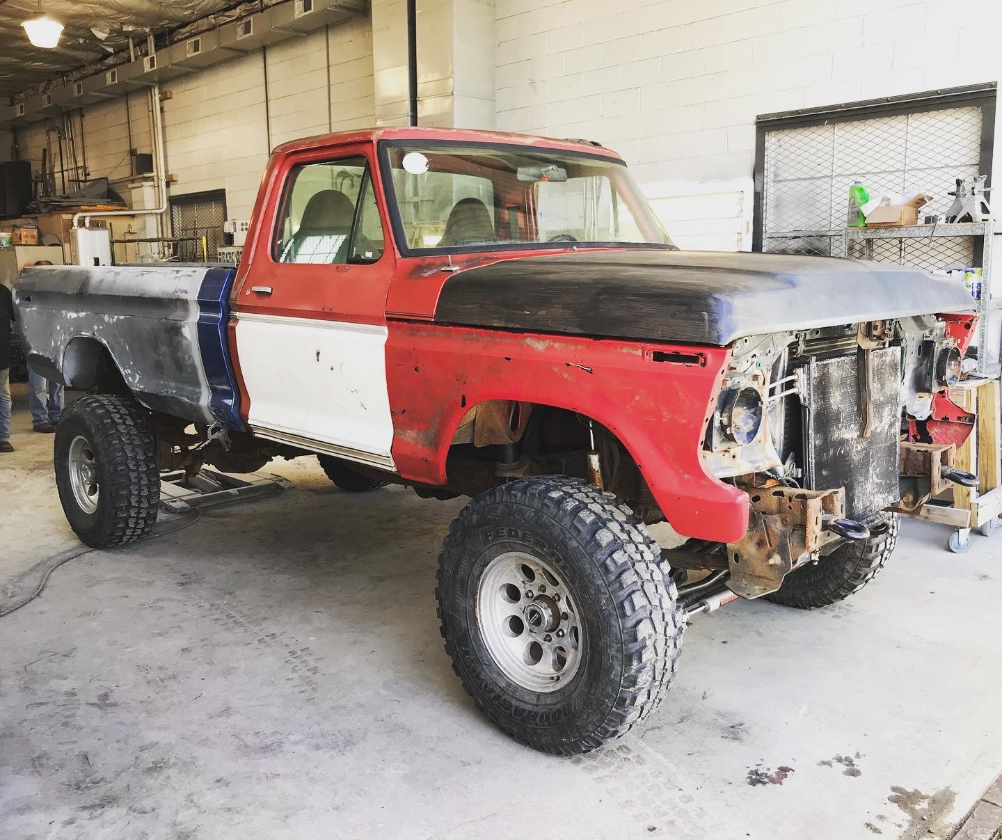 1976 Ford F150 With a 7.3L Powerstroke 3.JPG