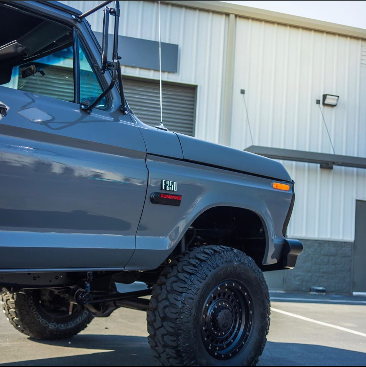 1976 Ford F250 Crew Cab Short Bed Leadfoot Grey 6.jpg