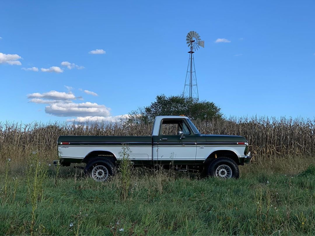 1976 Ford F250 Highboy Ranger 4x4 7.jpg