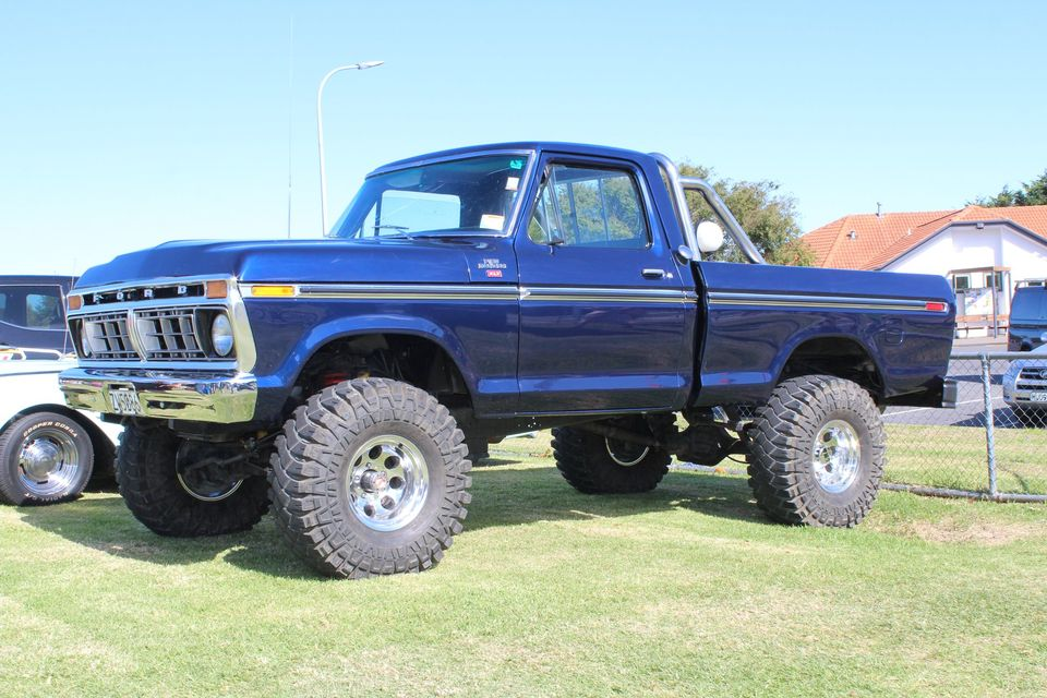 1977-f150-ranger-xlt-4x4-400ci-ford-5-jpg.5300