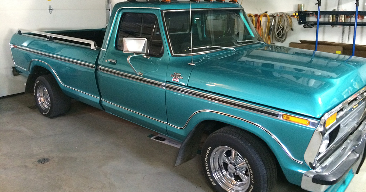 1977 Ford F-150 With a 460 Green .jpg