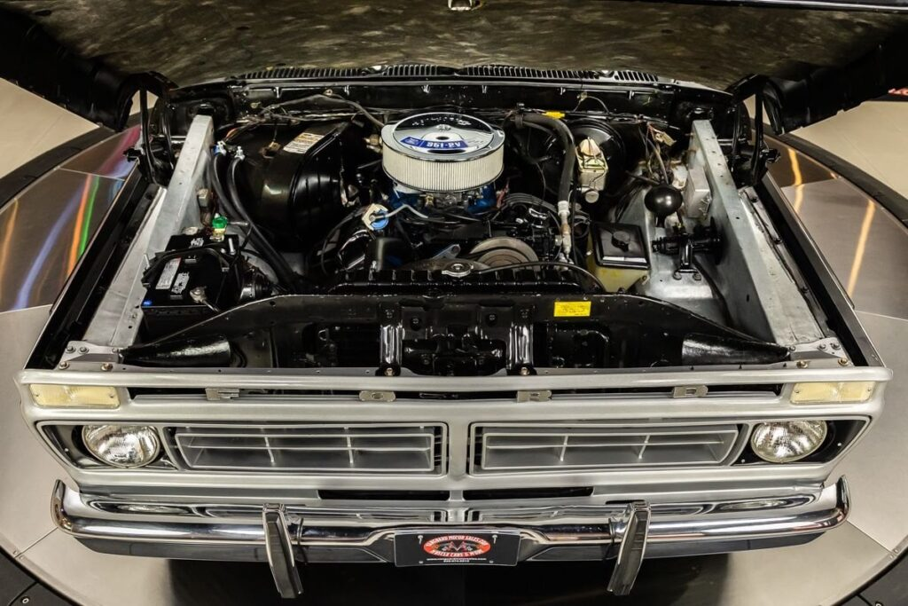 1977-Ford-F150-Ranger-XLT-4X4-Pickup-For-Sale-07-1024x683.jpg