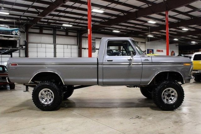 1977-ford-f250-75666-miles-gray-pickup-truck-460-v8-manual-6.jpg