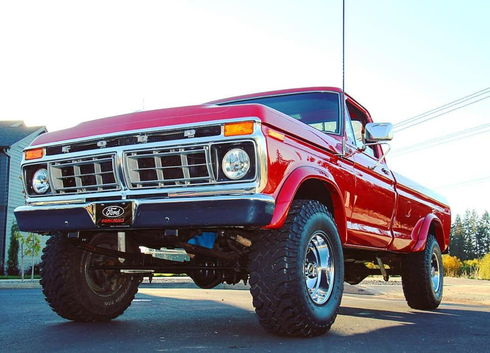 1977 Ford F250 With 429 5 Speed 5.jpg