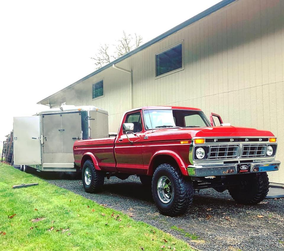 1977 Ford F250 With 429 5 Speed 6.jpg