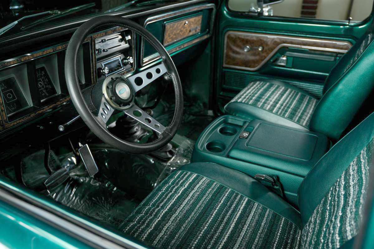 1978 Ford Bronco 4x4 With a 351ci V8 4.jpg