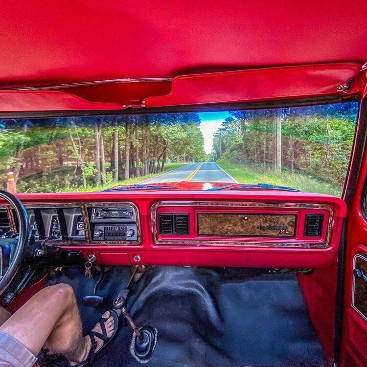 1978 Ford Bronco Ranger XLT 10.jpg