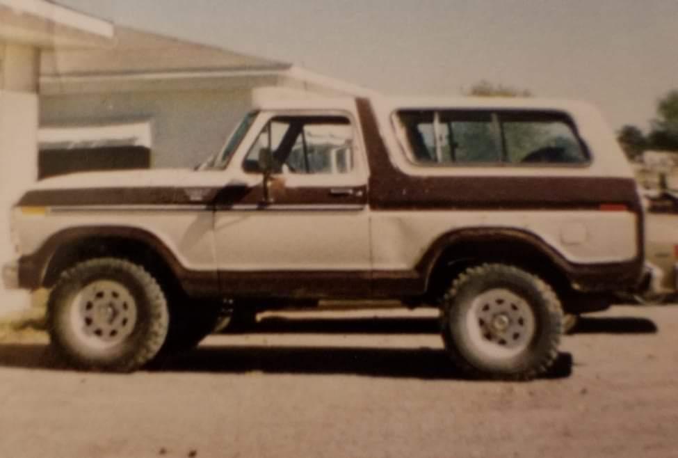 1978 FORD BRONCO STORY 2.jpeg