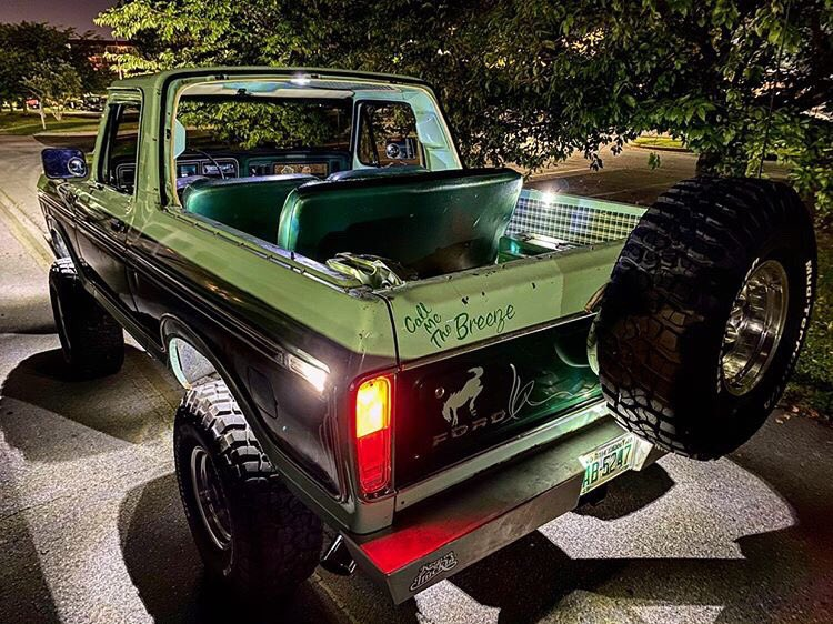1978 Ford Bronco With a 351 Original Paint 3.jpg