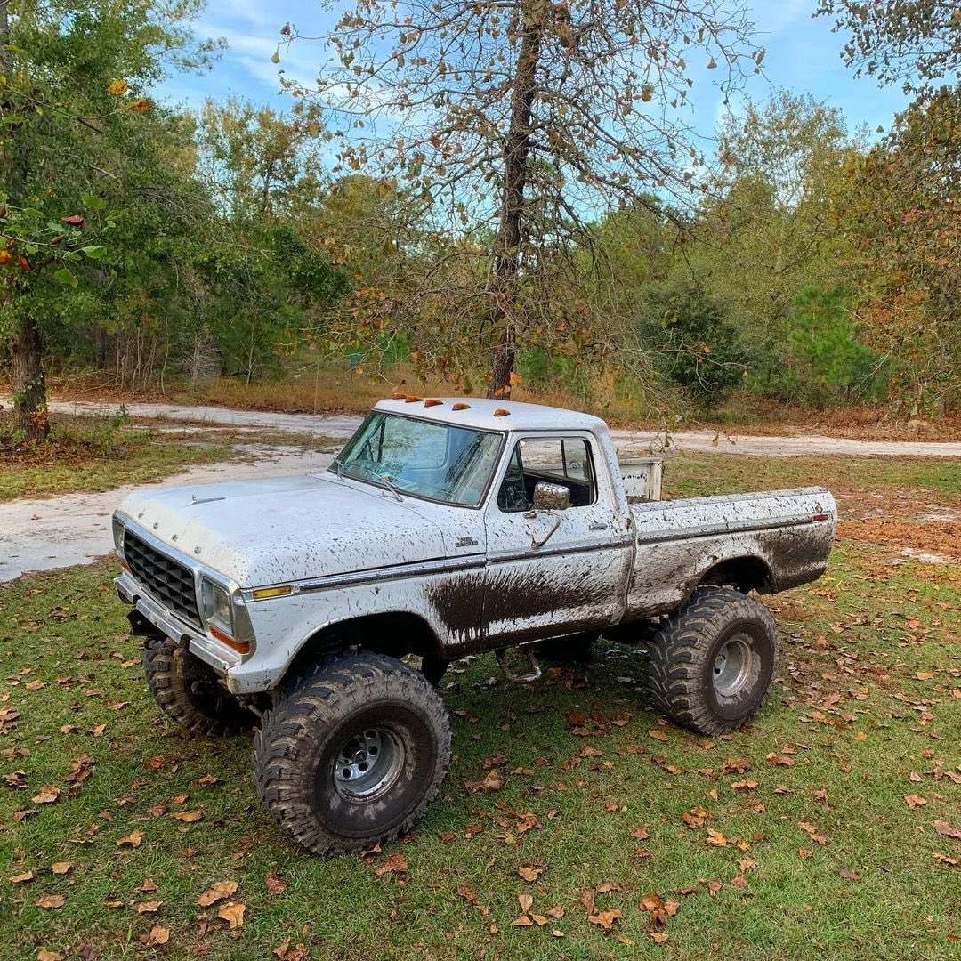 1978 Ford F-150 With a 390 High Performance 4.jpg