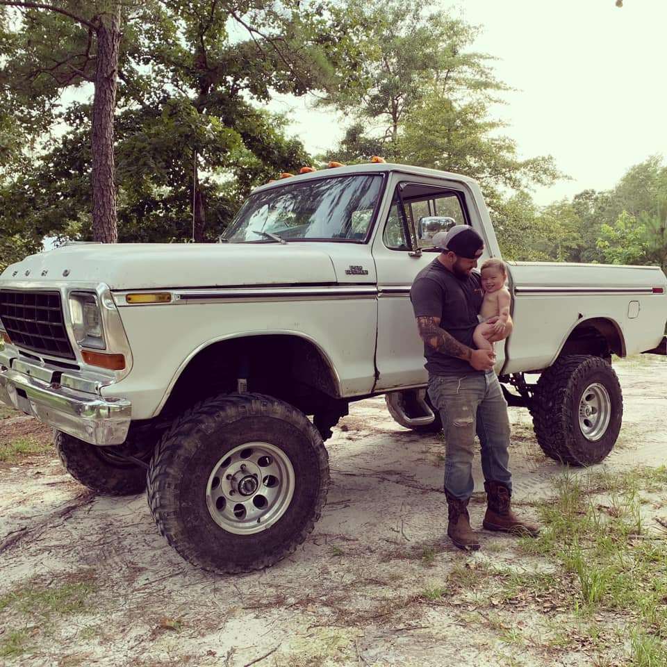 1978 Ford F-150 With a 390 High Performance 7.jpg