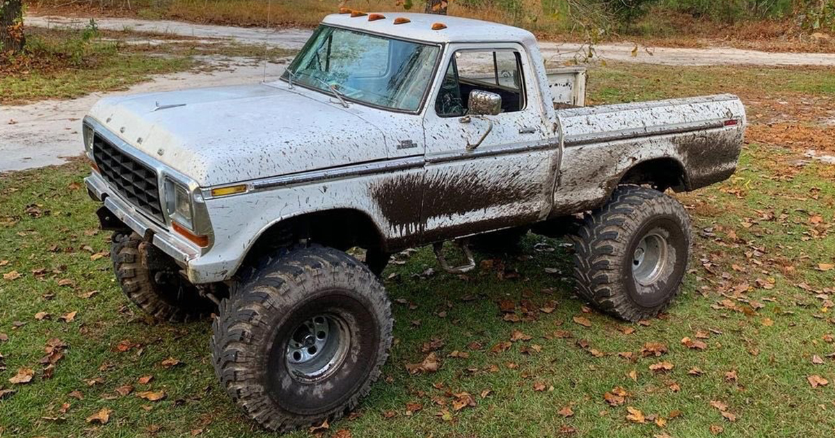 1978 Ford F-150 With a 390 High Performance.jpg