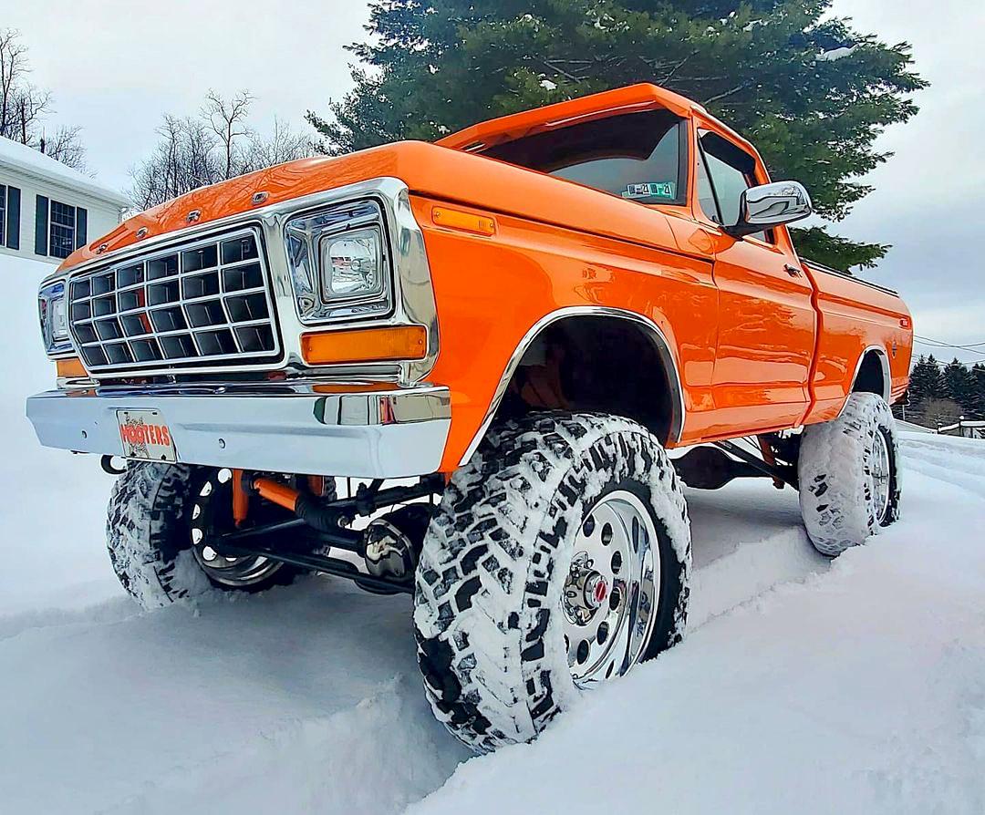 1978 Ford F150 4x4 Pumpkin Truck 4.jpg