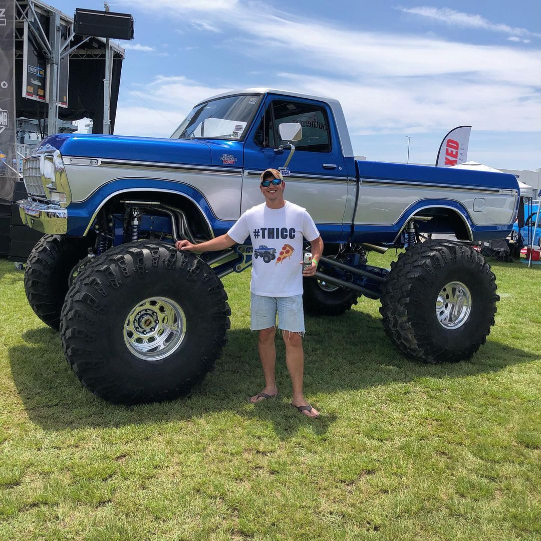 """1978 Ford F150 With 49"""" Super Swampers 4x4 5.jpg"""