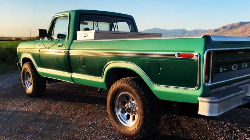 1978 FORD F250 4X4 400 V8..jpg