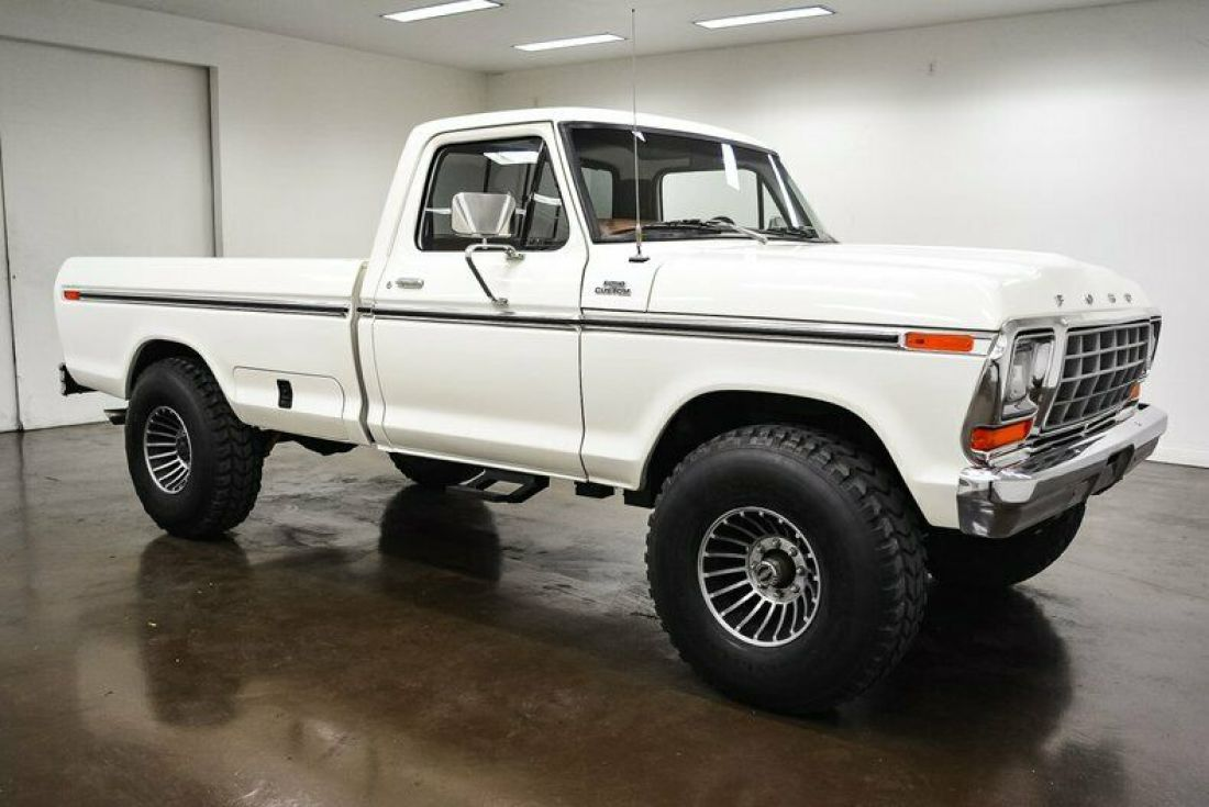 1978-ford-f250-767-miles-white-pickup-truck-400ci-v8-4-speed-manual-1.jpg