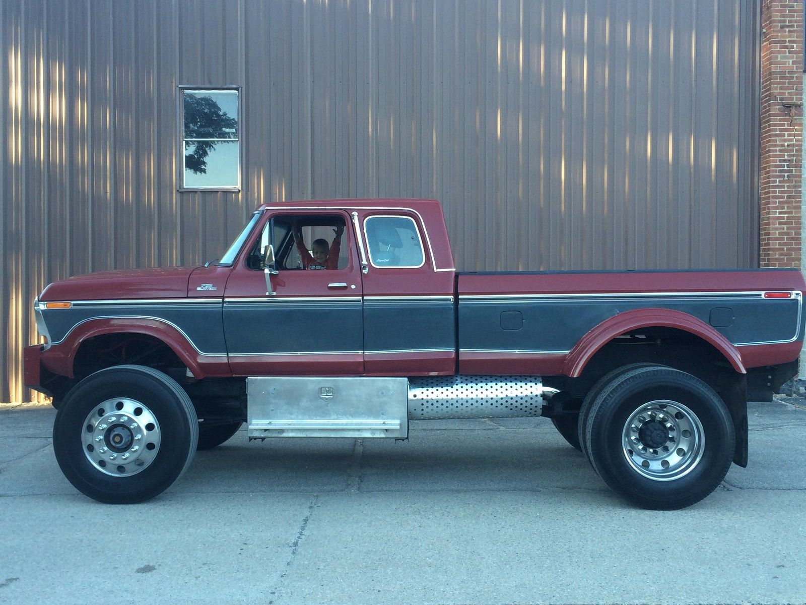 1978 Ford F250 A Real Highboy 5.9L Cummins Diesel 2.jpg