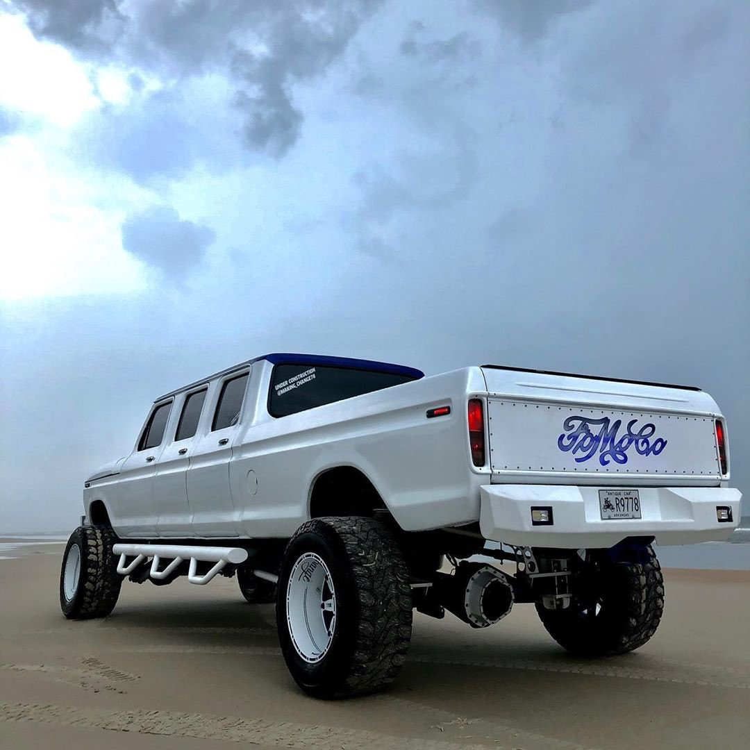 1978 Ford F250 Custom Stretched Crew Cab 6 Doors 10.jpg