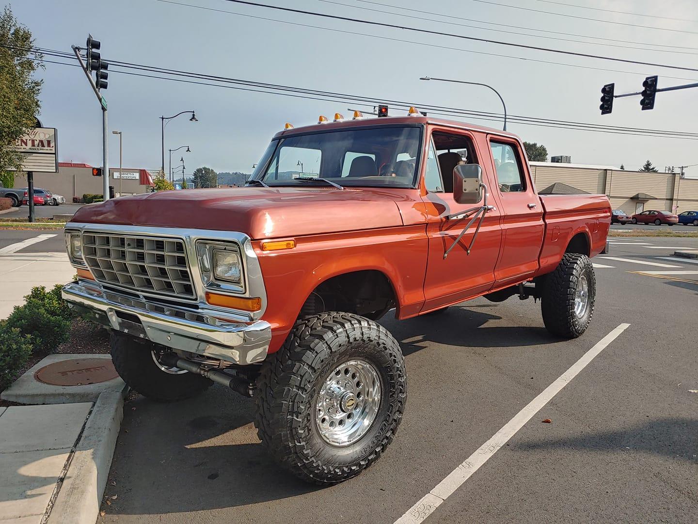 1978 Ford F250 XLT Crew Cab 4x4 8.jpg