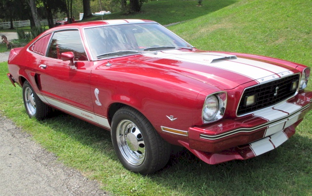 1978 Ford Mustang II Hatchback Red Fire 2.jpg
