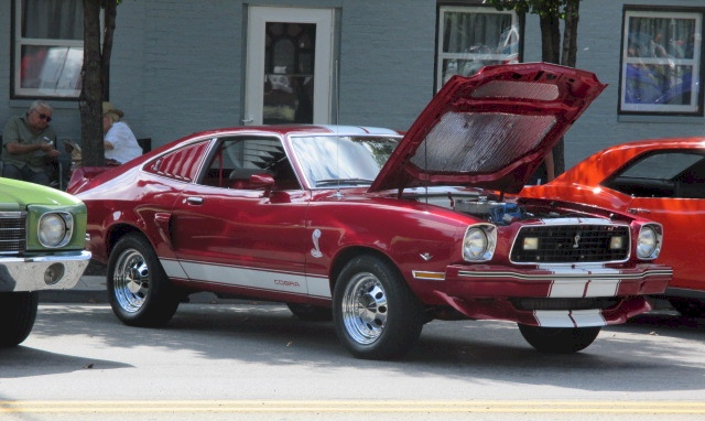 1978 Ford Mustang II Hatchback Red Fire 3.jpg