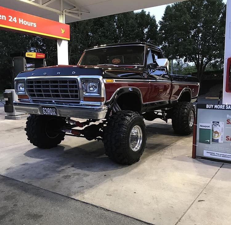 1979 F-150 With A Built 460 Candy Apple Jet Black 3 Stage 5.jpg