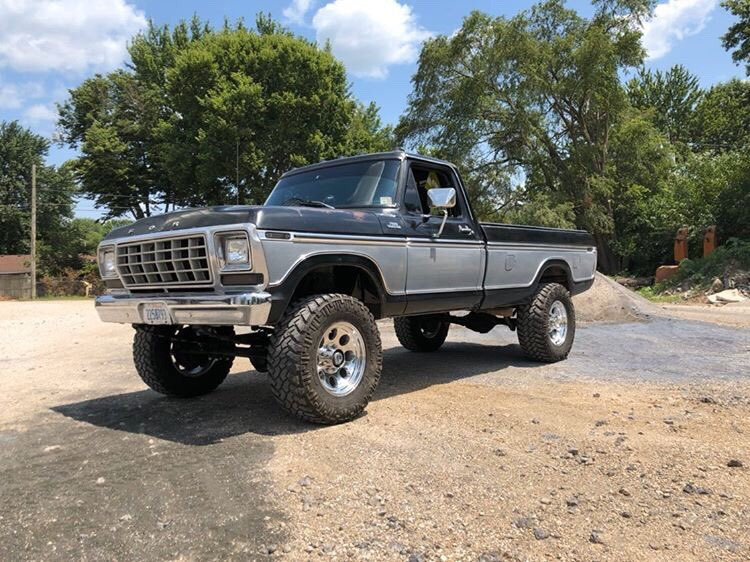 1979 F-250 With a 400M 4-inch Lift 4x4 4.jpg