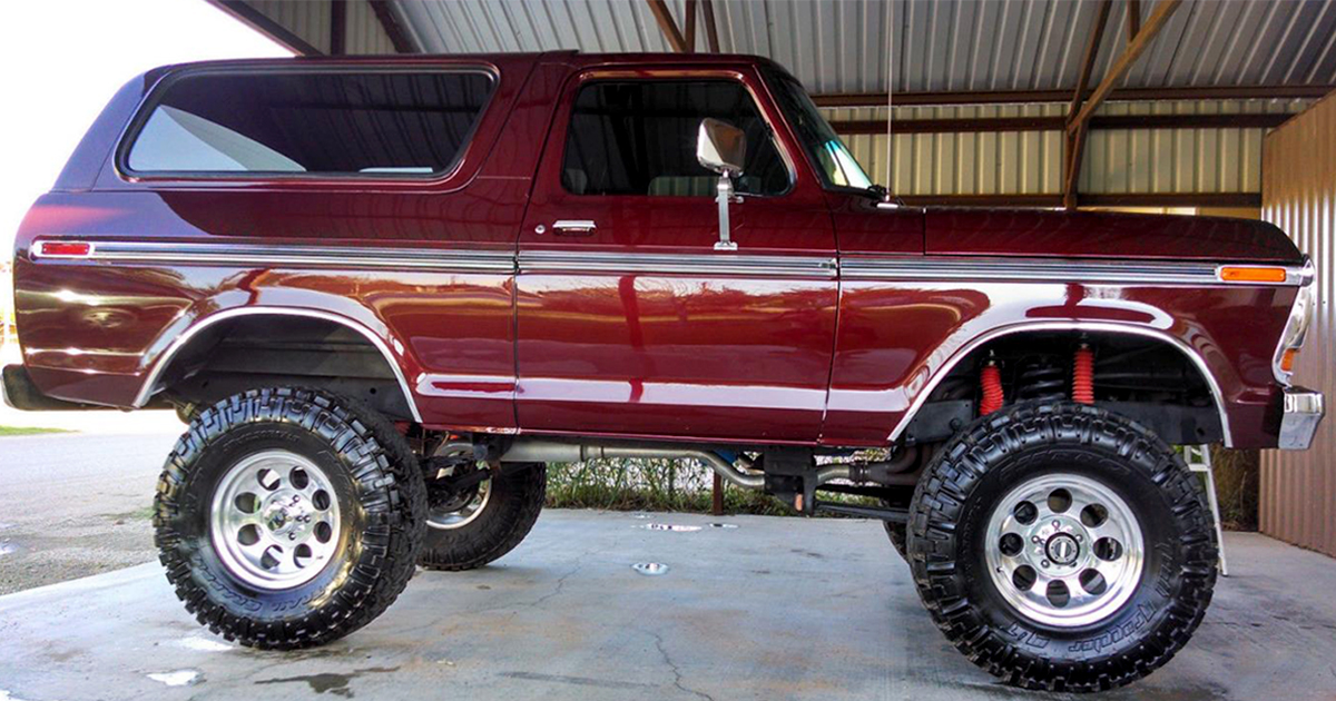 1979 FORD BRONCO CANDY APPLE 4x4.jpg