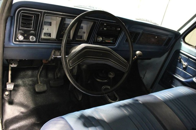 1979 Ford Bronco Custom 4x4 7.jpg