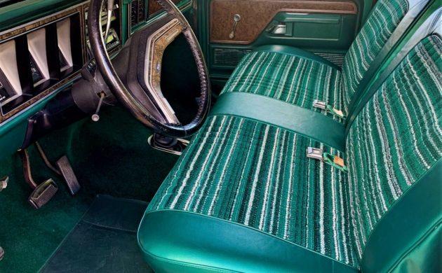 1979-Ford-Bronco-Ranger-3-630x390.jpg