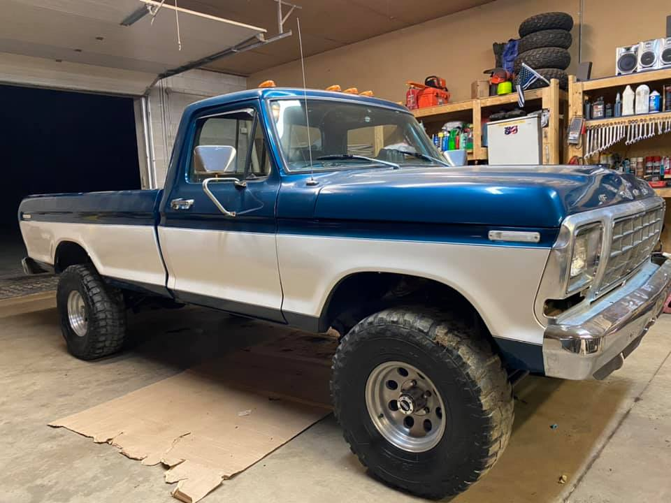 1979 Ford F-150 Ranger With a 460 Big Block 4.jpg