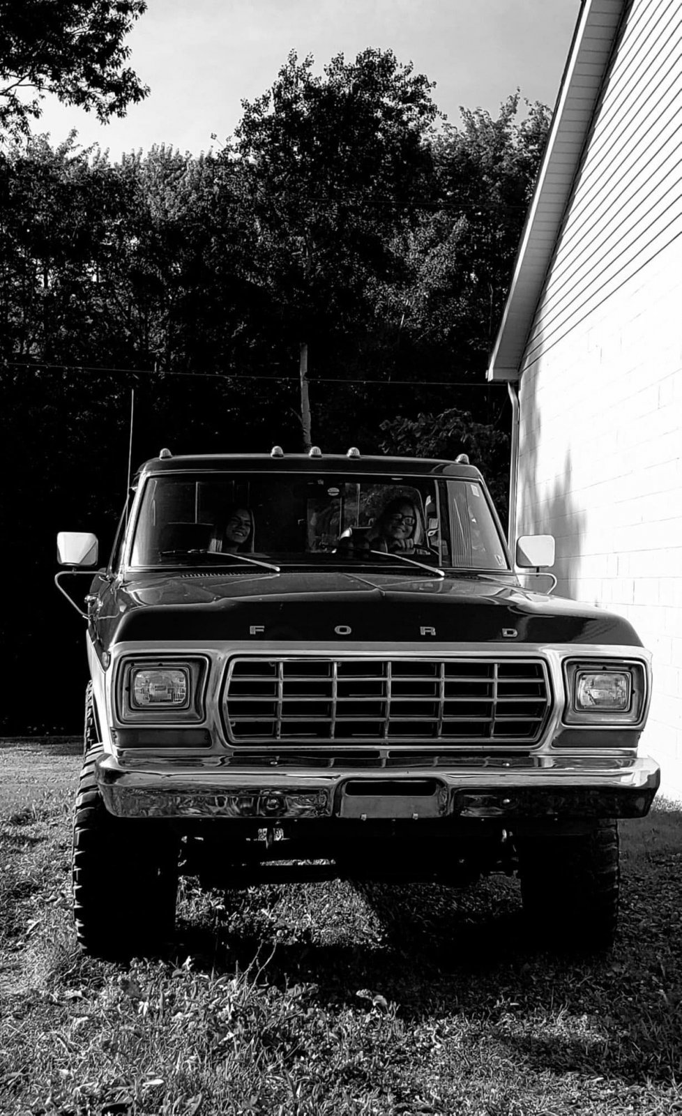 1979 Ford F-150 Ranger With a 460 Big Block 7.jpg