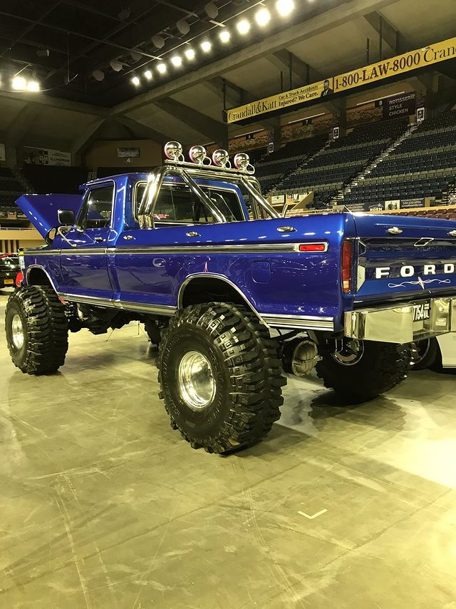 1979 Ford F-150 With a 545 ci BBF On Boggers 2.jpg