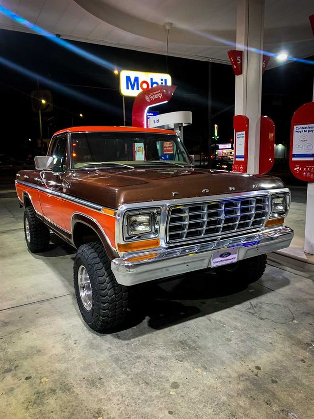 1979 Ford F-150 With Original paint 4x4 4.jpg