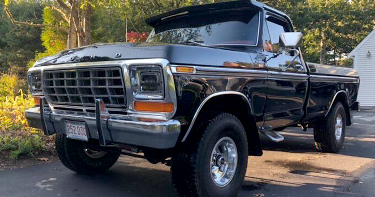 1979 Ford F-150 XLT 4x4 302 4 Speed.jpg
