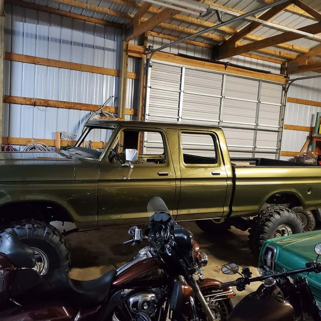 1979 Ford F-250 Crew Cab 521 Stroker Olive Gold Pearl 10.jpg