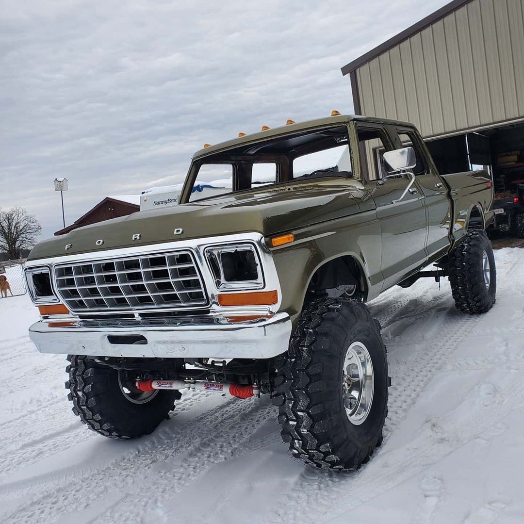1979 Ford F-250 Crew Cab 521 Stroker Olive Gold Pearl 3.jpg