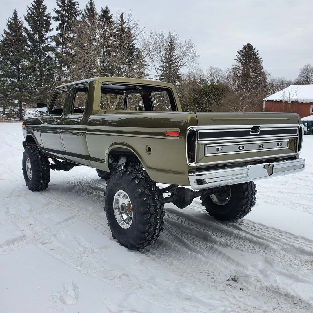 1979 Ford F-250 Crew Cab 521 Stroker Olive Gold Pearl 4.jpg